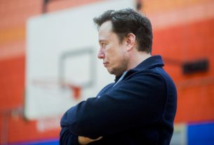 Tesla Issues Veiled Threat to Staff: Keep Quiet or Face Elon Musk's Wrath