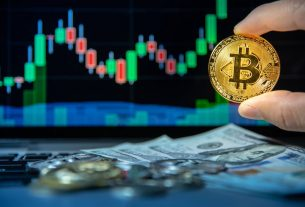 Crypto Analyst: Bitcoin May Monthly Candle Close Confirms Bull Market or Accumulation