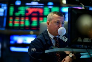 The Dow Index is Ridiculously Dumb. It Should Have These Stocks Instead.