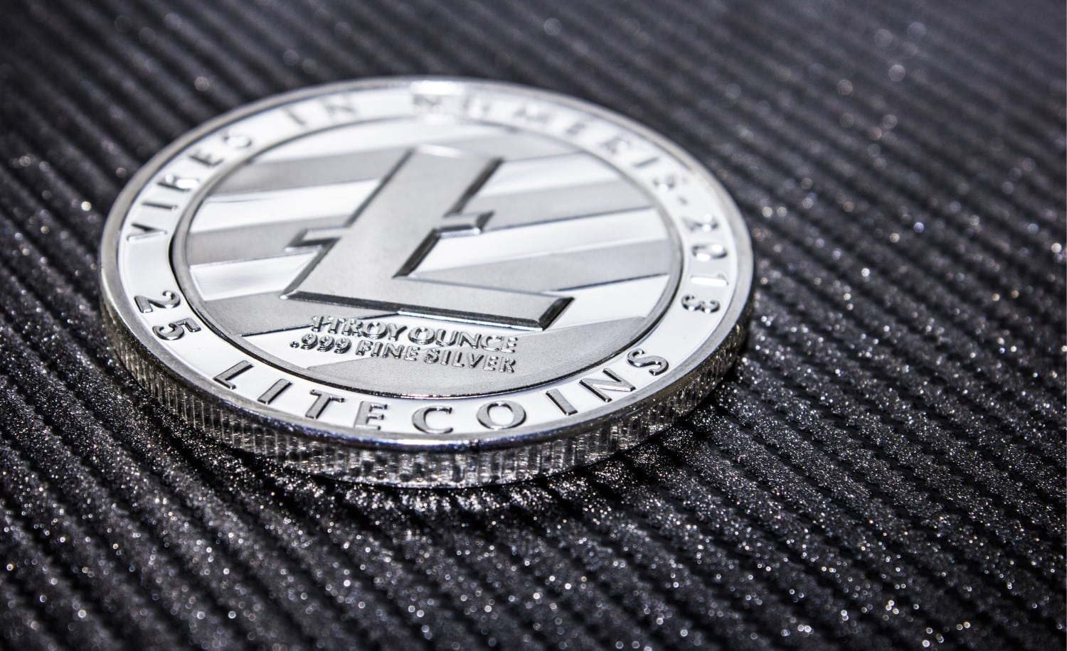 Litecoin LTC on the verge of a Breakout: Battling EOS for the 5th Place