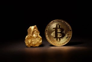 """Flipping Gold is """"Inevitable"""" In Digital Age, Would Take Bitcoin Price to $350,000"""