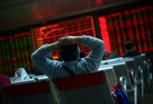 Beijing Can't Save China's Stock Market from a Coronavirus Reckoning
