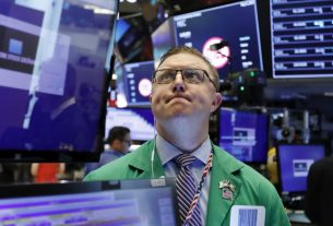 Dow Sways After CDC Admits Official Coronavirus Stats Aren't Accurate