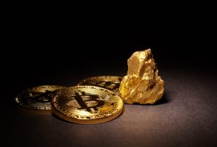Bitcoin Jumps Alongside Gold on Fiscal Stimulus Sentiment