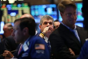 Dow Futures Spike 800 Points as Governments Capitulate to Coronavirus