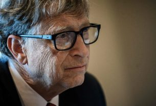 U.S. Futures Jump but Bill Gates Has a 'Super Urgent' Pandemic Warning