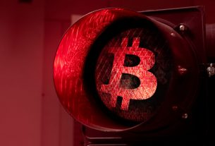 Brutal Drop In Altcoins Anticipated as Bitcoin Dominance Projected to Surge