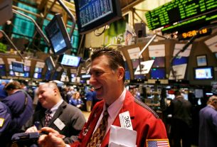 The Dow Is Surging, But Don't Be Fooled by a 'Record' Jobs Report