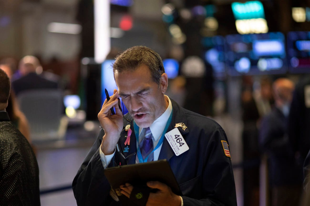 Dow Futures Rise But a 20-Year-Old Warning Just Flashed Red