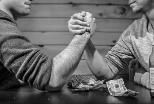 From DeFi to Bitcoin Casinos, 2020's dApps Are Going from Strength to Strength