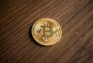 Barstool's Dave Portnoy Wants to Buy Bitcoin – Asks Winklevoss Twins to Teach Him